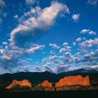 Garden-of-the-Gods-Colorado-Springs-Colorado-USA-1998.jpg